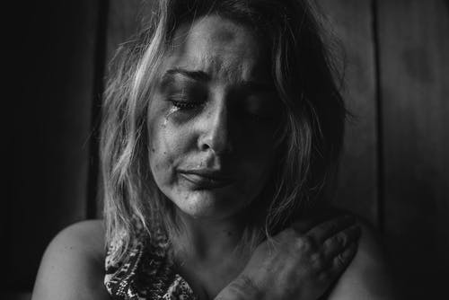 prayers for anxiety - crying woman