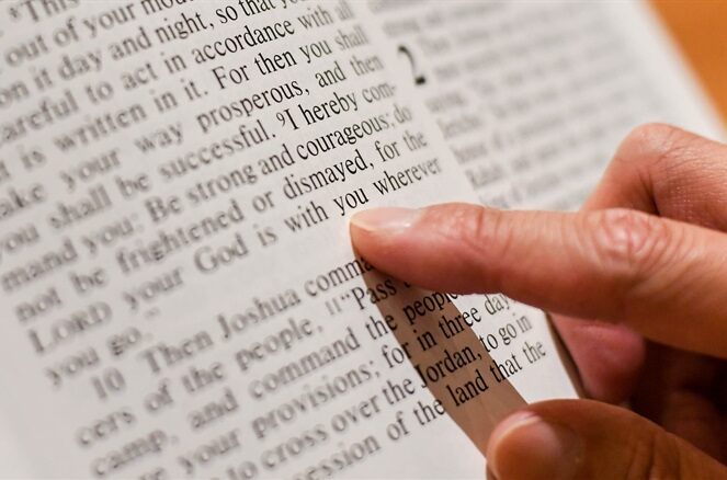 Reading the Bible for guidance