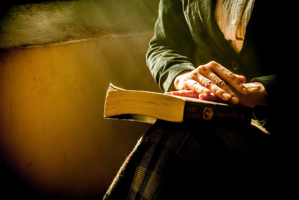 Woman, Praying, Bible