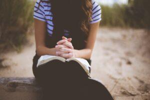 Easter prayer- woman praying