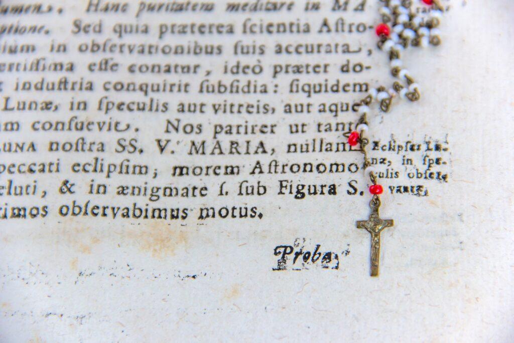 Crucifix Necklace, Bible
