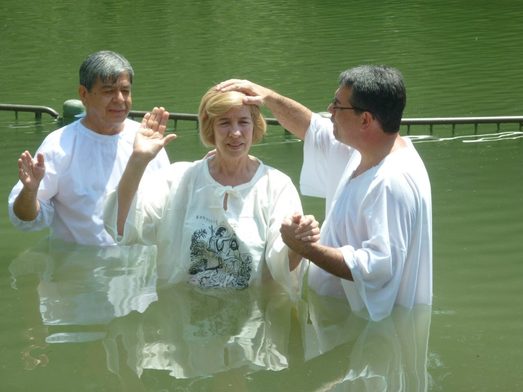 35 Baptism Verses For New Christians