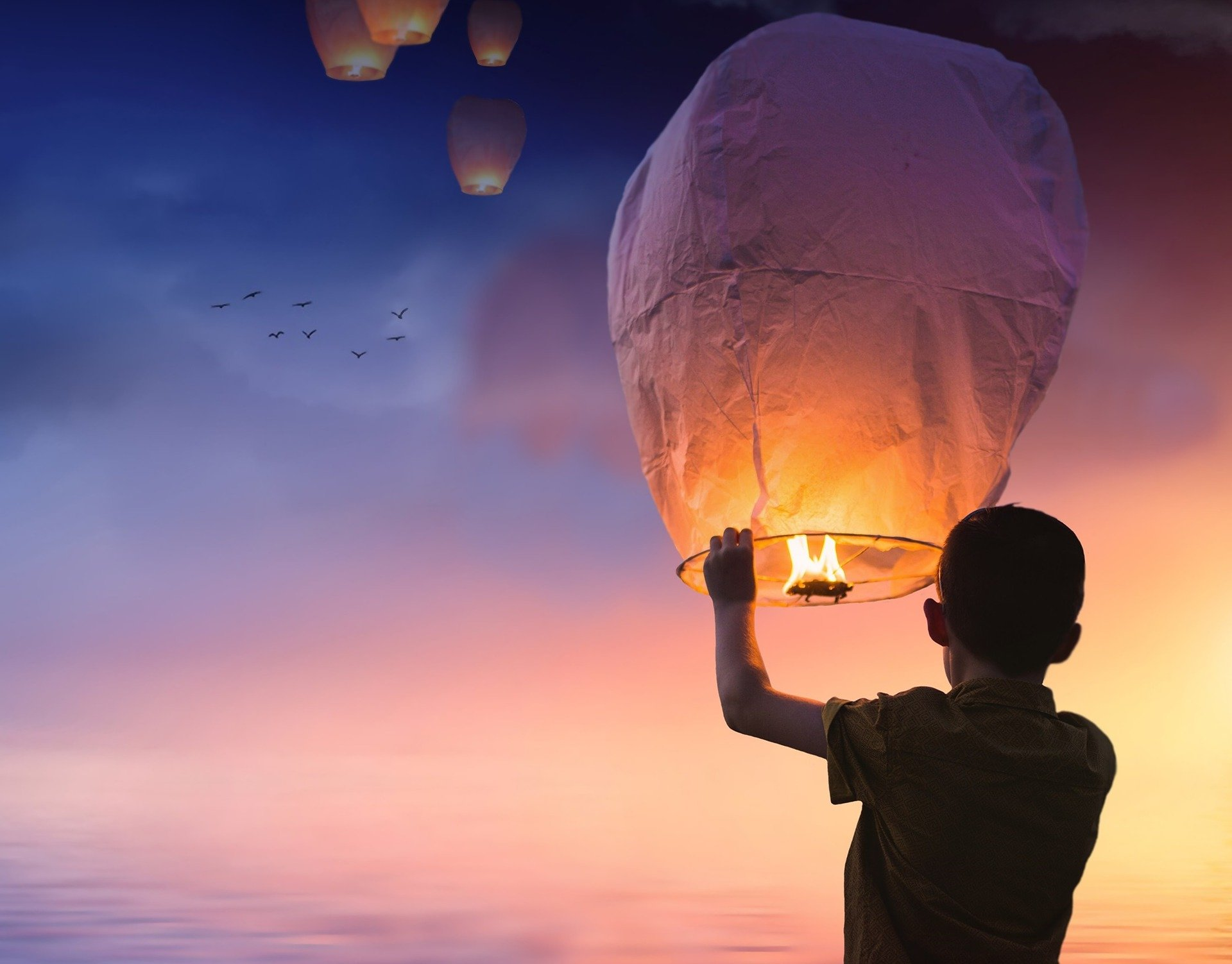 flying lantern, new year blessing