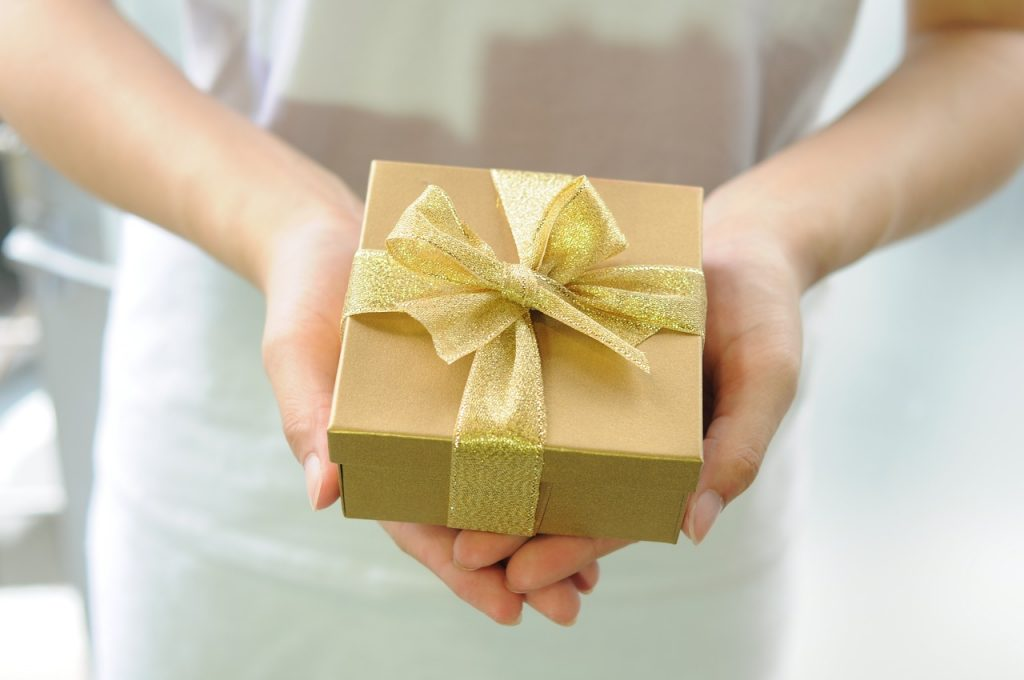 Gift Giving, Christian Gifts